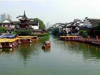 Qinhuai River, Qinhuai River Guide, Qinhuai River Travel Tips, Qinhuai River Travel Information.